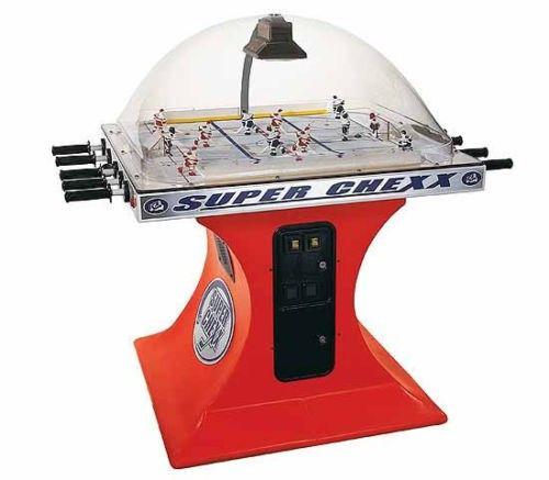 настольный хоккей с жетоноприемником